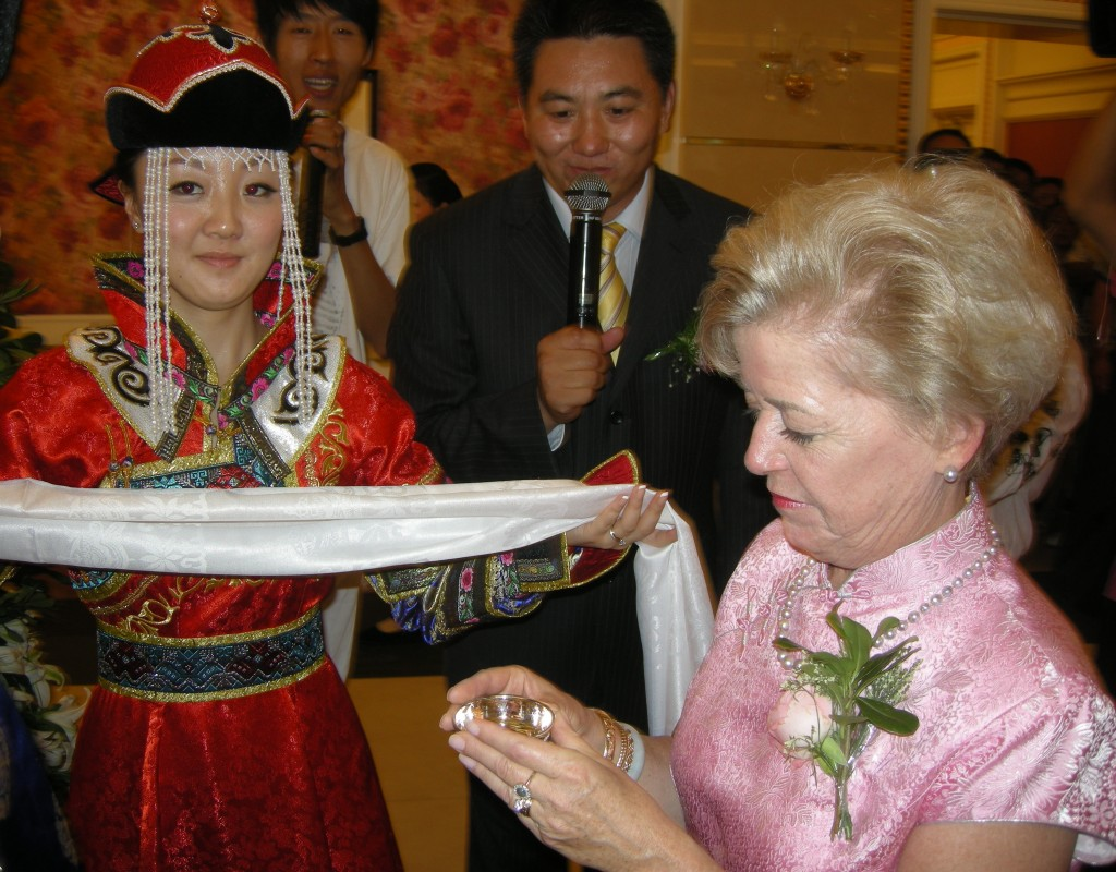 Jiao Jiao gives Cary a Mongolian welcome