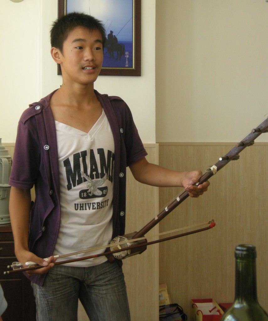 Jiao Jiao's cousin performs for us at lunch