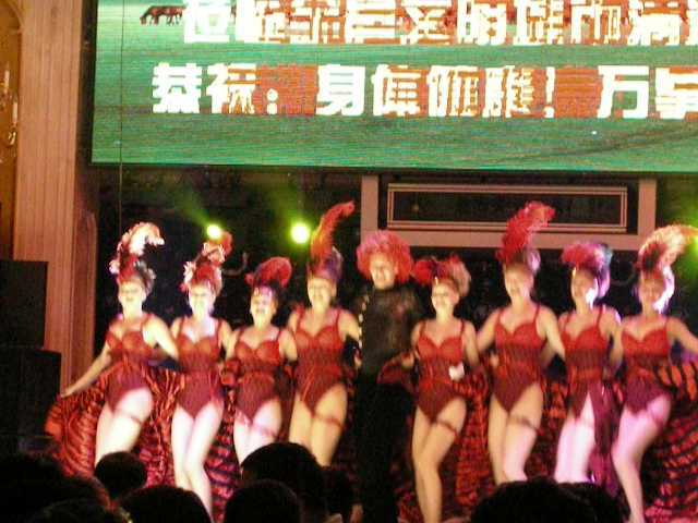 Russian Cabaret Girls Do There Thing