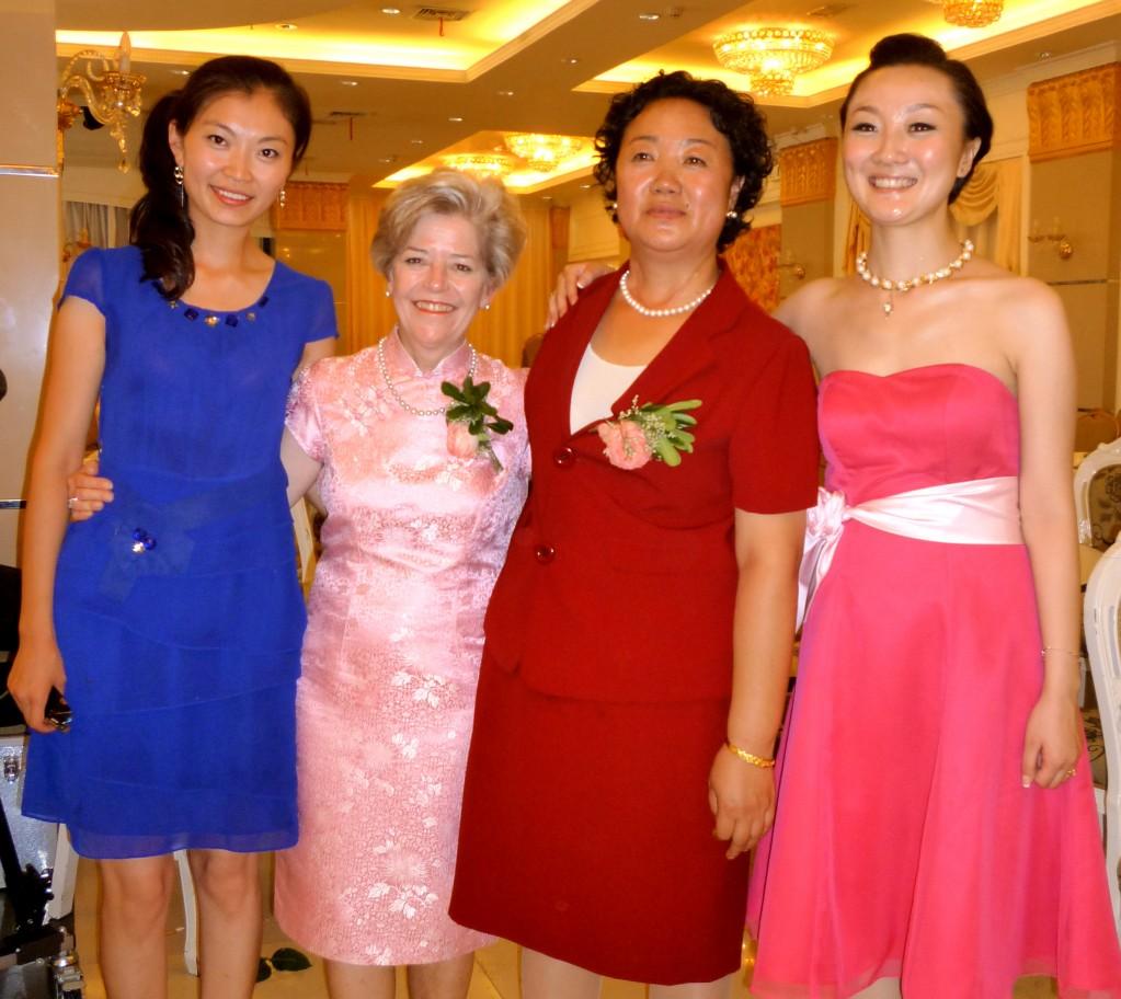 Song Song's girl friend, Cary, Mrs. Bai and Jiao Jiao